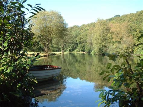 boat house lake country lake country house hotel in mid wales and nr builth wells luxury hotel breaks in the uk