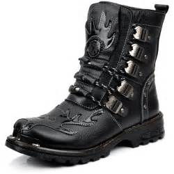 Fashion boots for men classic and trendy ones