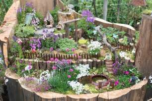 Ideas For The Garden 10 Amazing Tree Stump Ideas For The Garden Balcony Garden Web