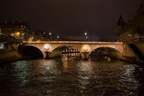 boat tour paris night paris at night boat tour