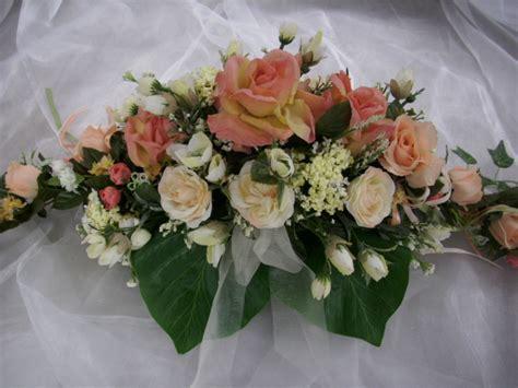 Tischdekoration Hochzeit Apricot by Blumengesteck Tischdeko Creme Apricot Hochzeit