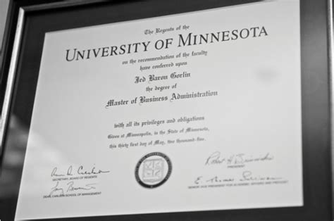 Of Minnesota Part Time Mba by Real Real Offices A Peak Into The Office Of A