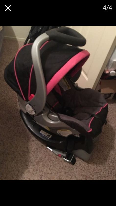 baby trend car seat pink letgo black and pink baby trend car seat a in biola ca