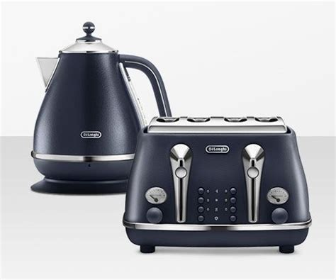 Silver Toaster And Kettle Set Kettles And Toasters