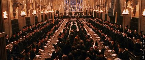 hogwarts great hall you can eat christmas dinner in the hogwarts great hall