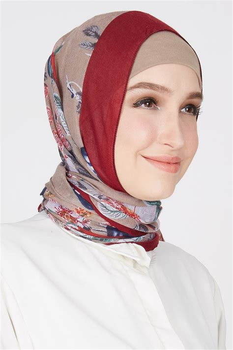 Jilbab Pashmina sell gaby pashmina maroon pashmina hijabenka