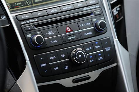 Hyundai Sonata 2014 Interior by 2014 Hyundai Sonata Updated Priced From 22 145