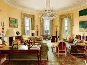 Yellow Sitting Room - see the obamas white house private quarters for the first time