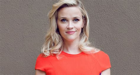 Reese Witherspoons New Look by Reese Witherspoon In A Rarely Seen Casual Style