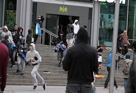 machester riots 2011 how looters as young as 9 pillaged city centre daily mail online
