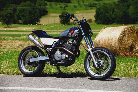 Dr Tracking la suzuki 650 dr de yves tracker egerie moto