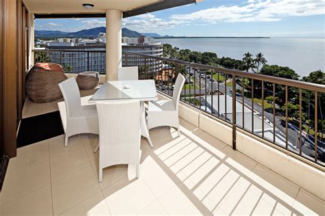 cairns appartments cairns holiday accommodation specials luxury holiday