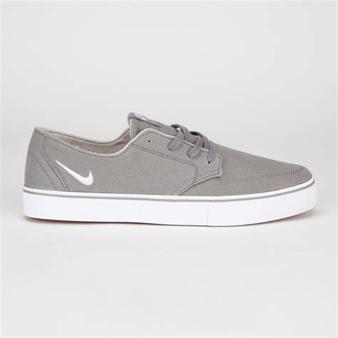 nike canvas sneakers nike sb braata canvas mens shoes 185872110 sneakers