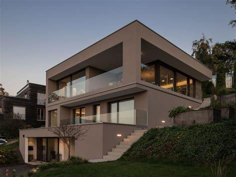 haus hanglage modern einfamilienhaus hanghaus modern edelstahlpool