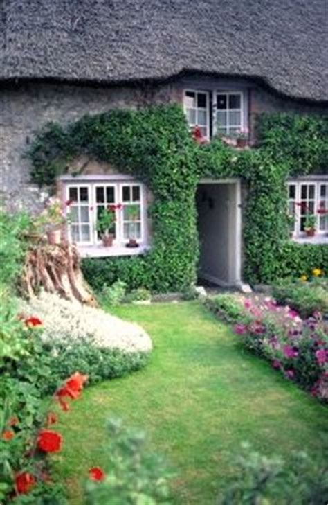 Meaning Of Cottage In Thatched Cottage Faraway Places