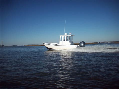 center cabin fishing boat quot center cabin quot boats like 23 the hull truth