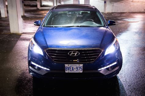 2015 hyundai sonata lights review 2015 hyundai sonata 2 0t canadian auto