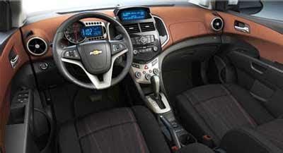 chevrolet aveo interni auto novita nuova chevrolet aveo 4 porte 2011