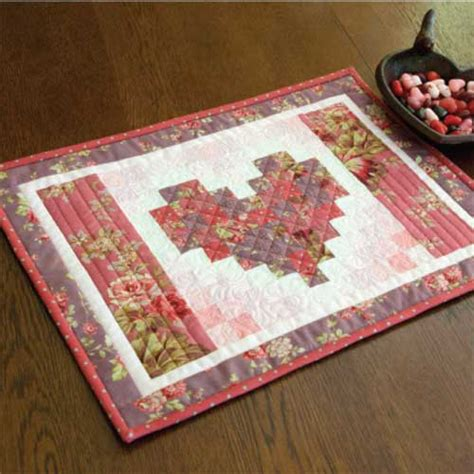 friday free quilt patterns two hearts quilted placemats