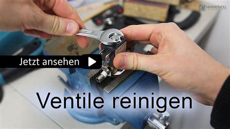 Linoleum Pflege Hausmittel by Reinigen Stoffschuhe Nass Reinigen With Reinigen