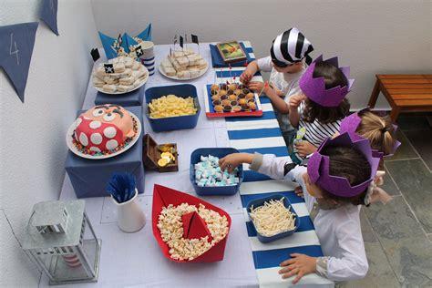 asi de sencillo unos cuantos globos un poco de cartulina y ya una fiesta de cumplea 241 os de piratas