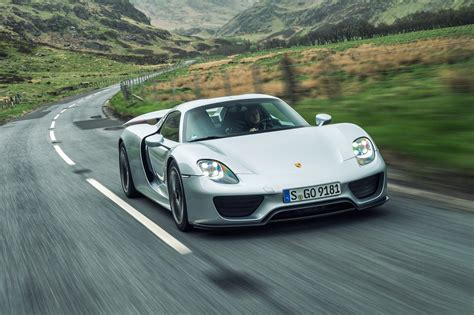 new porsche 918 porsche 918 spyder reimagined with a 2018 facelift