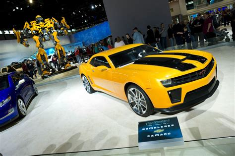 Transformer Auto by Hot Cars Transformers Chevrolet Camaro Bumblebee