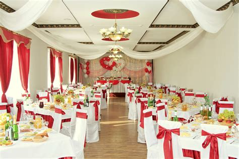 decorating your wedding venue easy weddings uk