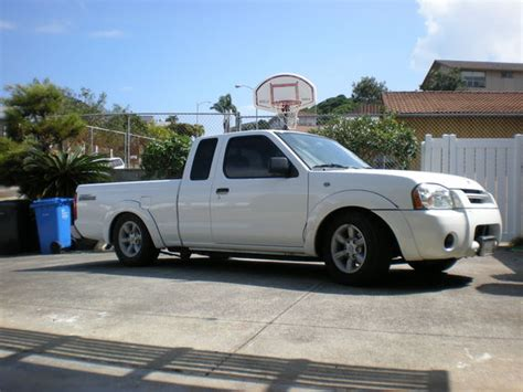 nissan frontier lowered andrewi56 2002 nissan frontier regular cab specs photos