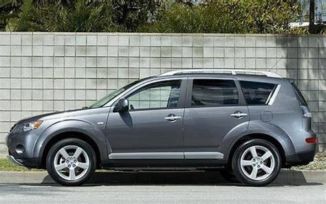 2009 mitsubishi outlander 2009 mitsubishi outlander information and photos