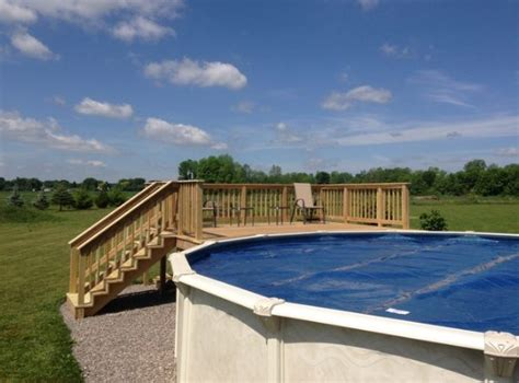 Confuse The Neighbors by See This S Amazing Diy Pool Deck