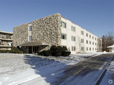 imperial house apartments imperial house apartments rentals kenosha wi apartments com