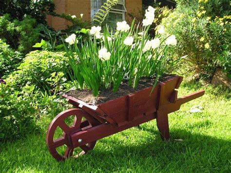 Garden Wooden Wheelbarrow Planters by Diy Pallet Wheelbarrow Planter 99 Pallets