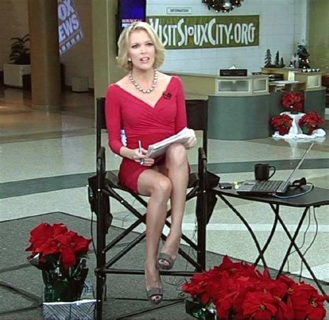 megyn kelly live nipple slip fox news 21 sexy megyn kelly pictures of america s hottest news anchor
