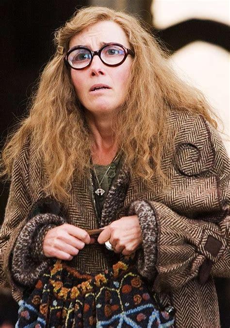 Harry Potter Professor Trelawney Promo Sybill Trelawney Harry Potter Harry Potter And