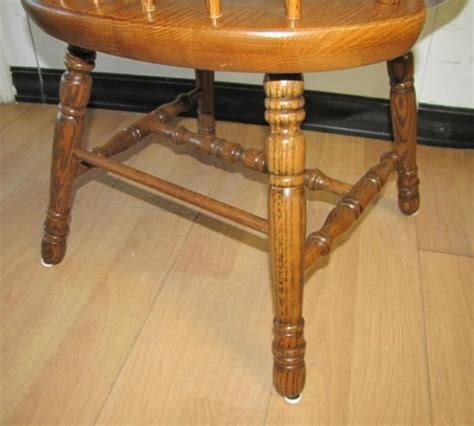 sturdy kitchen table pair 2 solid oak wood dining room kitchen table arm chairs