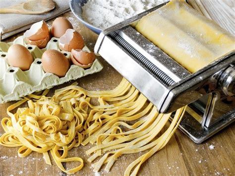 pasta fresca al autntico 8494193422 pasta fresca all uovo ecco come realizzarla ricetta unadonna