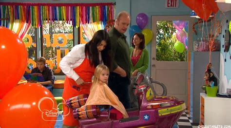 good luck charlie bedroom good luck charlie teddys bedroom design bedroom awesome