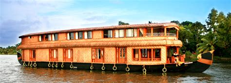 kerala tourism kumarakom boat house kerala luxury houseboats luxury houseboats online