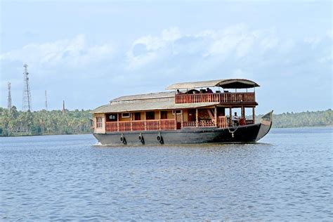 kollam boat house best hotels kerala best kerala houseboats