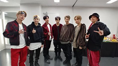 download mp3 bts mic drop japan bts tops japan s oricon singles chart with mic drop