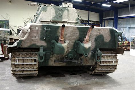 Diorama Custom Battle Damage 1 6 Bonus Room Diorama 1 Panzer Vi Ausf B K 246 Nigstiger 1944