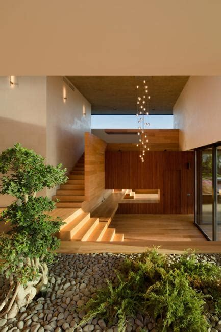modern house design green living  landscaping ideas