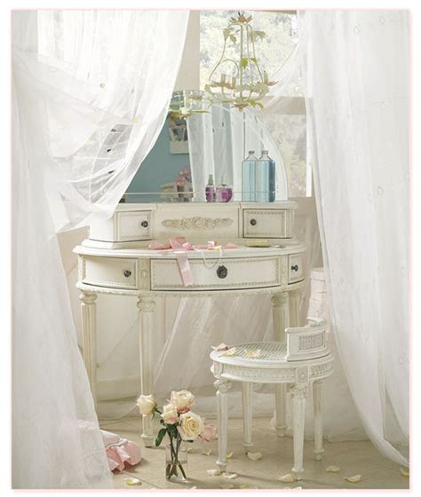 white bedroom antique plushemisphere feeling the old times into bedroom with vintage