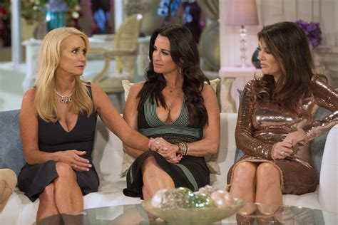 kim richards vs lisa rinna crazy rhobh reunion leaves kyle the real housewives of beverly hills the long goodbye