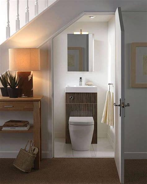desain kamar mandi minimalis dibawah tangga 29 model kamar mandi sederhana minimalis terbaru 2018