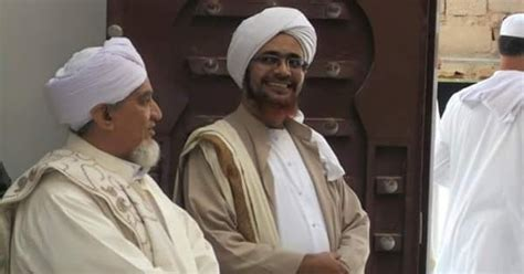 biografi habib quraisy bin qosim baharun pena tinta ku karomah habib umar bin hafidz