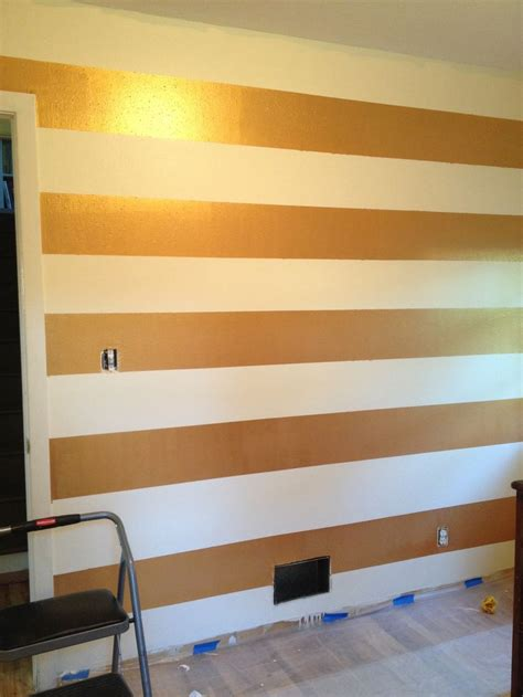 striped walls bedroom best 25 gold striped walls ideas on pinterest teen bed room ideas decorating teen