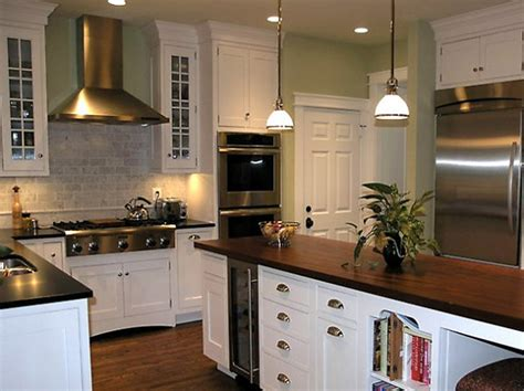 Backsplash Design Ideas For Kitchen by Classic Kitchen Backsplash Designs Iroonie Com