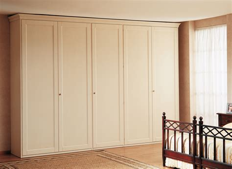 armadi classici di lusso armadio classico cinque ante vimercati meda